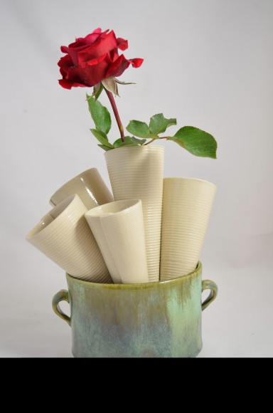 Marydee flower vase