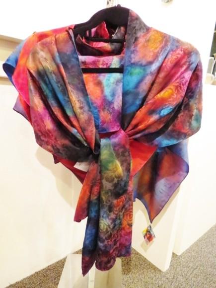 connie-simonsen-silk-shawls-march-2015