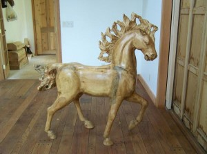 Horse sculpture by Mavis Somers