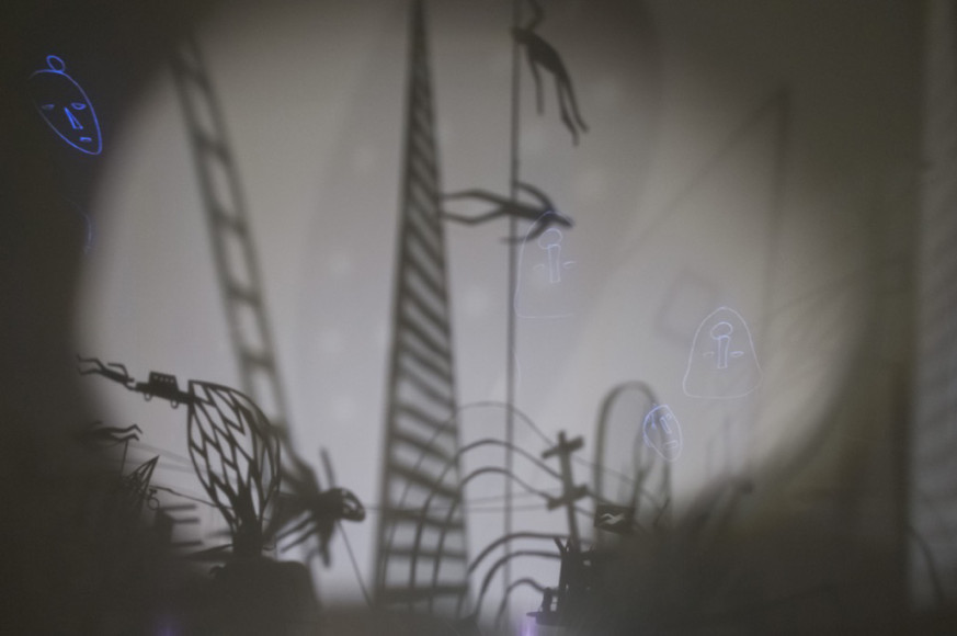Laura Heit, Two Ways Down, 2016, Drawn animation installation